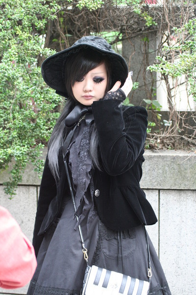 Gothic Fashion on Japanese Fashion  Gothic Lolita   Kristenmomof3 On Xanga